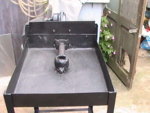 Petite forge charbon prix modique for Fabriquer une hotte de barbecue