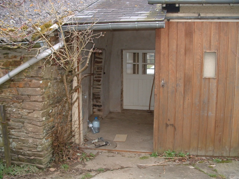 Porte de service en bois forum menuiseries int rieures - Porte de grange coulissante en bois ...