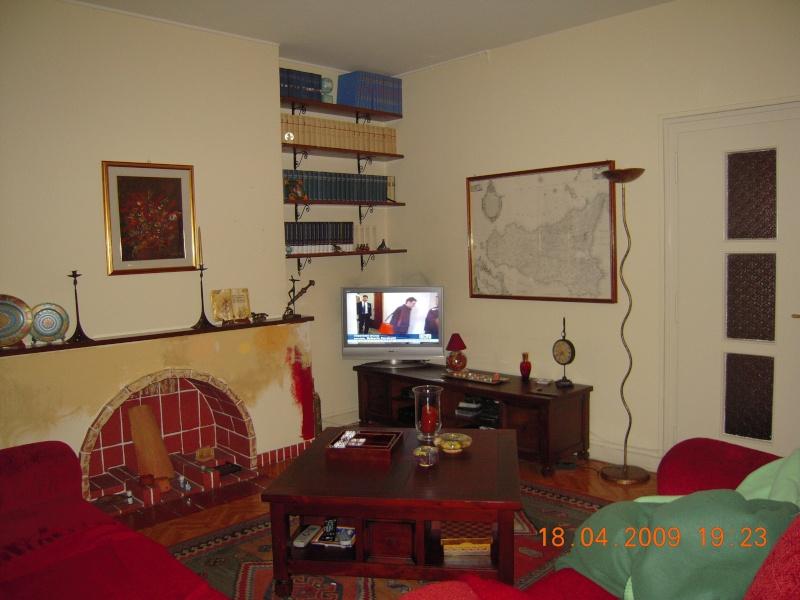 Relooking du salon avec canape 39 bordeaux - Salon couleur bordeaux ...