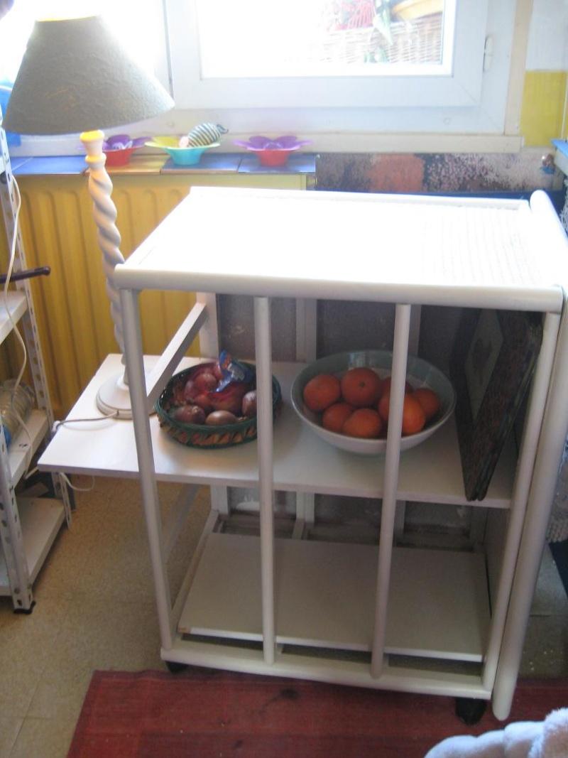 petit meuble tout faire pour ma cuisine. Black Bedroom Furniture Sets. Home Design Ideas