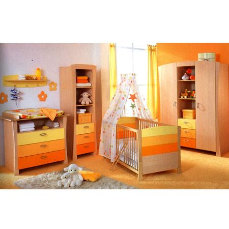 toute petite chambre la forme compliqu e pour une petite fille choix et disposition du orange. Black Bedroom Furniture Sets. Home Design Ideas